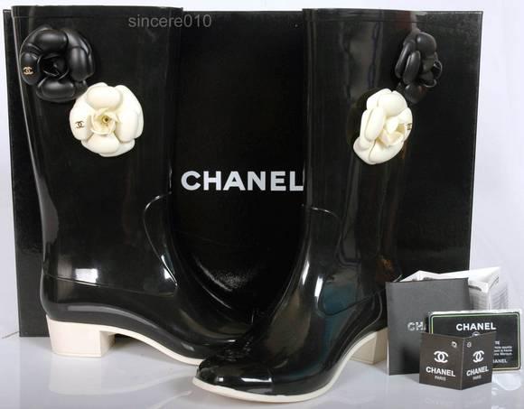 Chanel með hæl og blómum - loooove