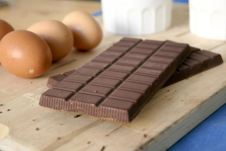 making-chocolate-cake-dailybreakfast-2