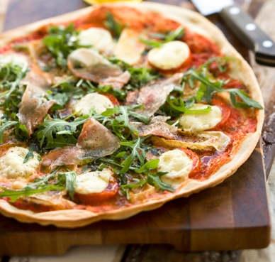 Pizza med mozzarella