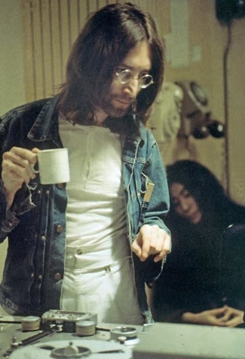 John Lennon var eflaust enginn hófmaður á kaffi.