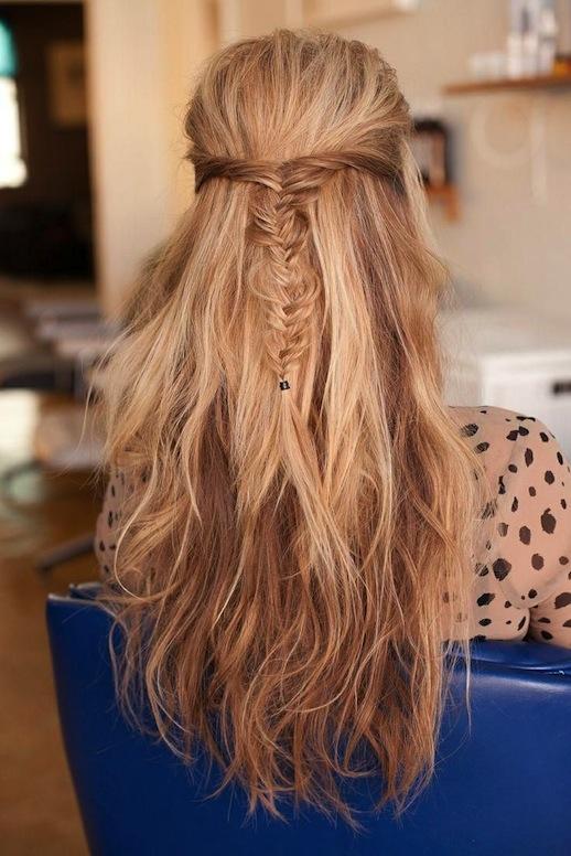 11-Le-Fashion-Blog-30-Inspiring-Fishtail-Braids-Half-Up-Wavy-Braid-Hair-Style-Via-Refinery-29