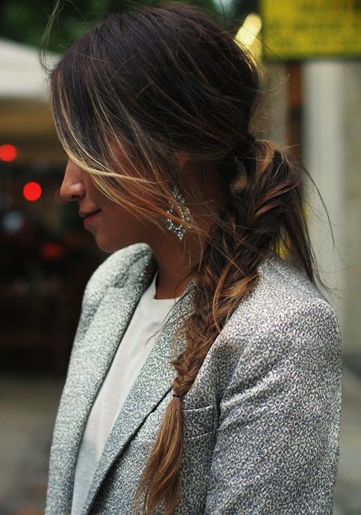 20-Le-Fashion-Blog-30-Inspiring-Fishtail-Braids-Messy-Side-Braid-Hair-Style-Via-Sincerely-Jules