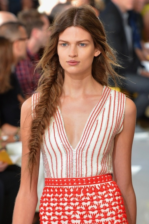 30-Le-Fashion-Blog-30-Inspiring-Fishtail-Braids-Hair-Style-Long-Romantic-Side-Braid-Tory-Burch-Via-Tresemme