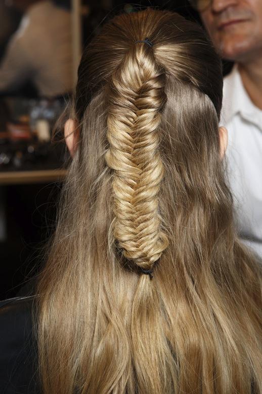 5-Le-Fashion-Blog-30-Inspiring-Fishtail-Braids-Half-Up-Braid-Etro-Hair-Style-Via-Style-Bistro