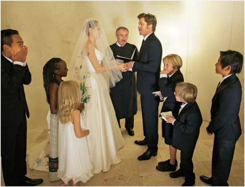casamento_Angelina_Jolie_Brad_Pitt_wedding-cris-vallias-blog-3