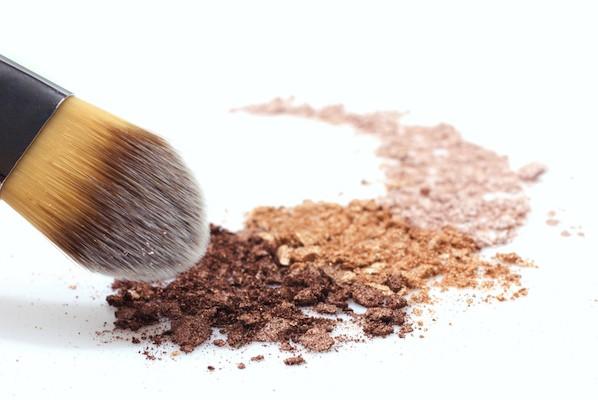 mineralpowder-598x400
