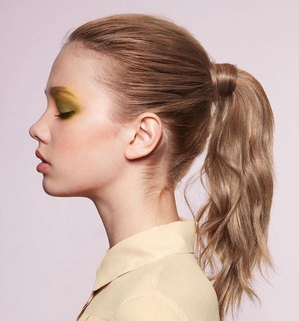 Weekend-Hairstyle-Easy-Ponytail