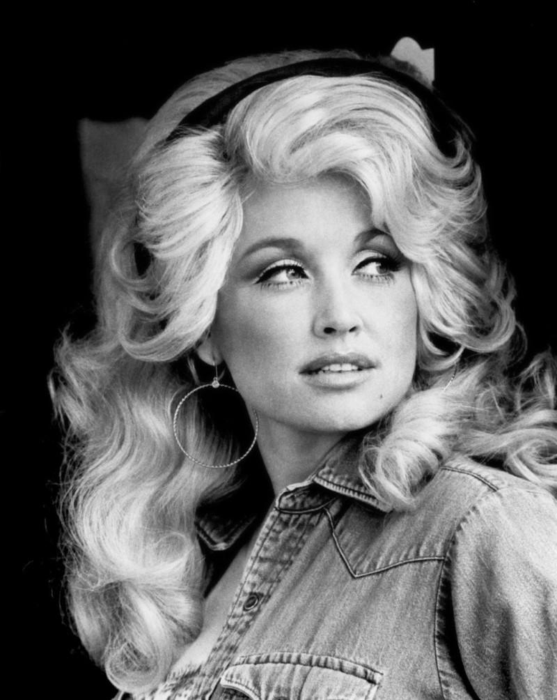 Dolly Parton, 1970s (1)