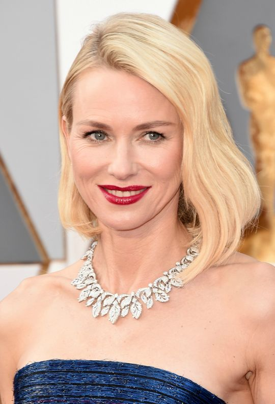 oscars-2016-hair-makeup-trends-naomi-watts-w540