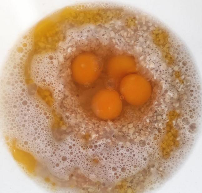 Hér voru óvart tvö egg tvíblóma!