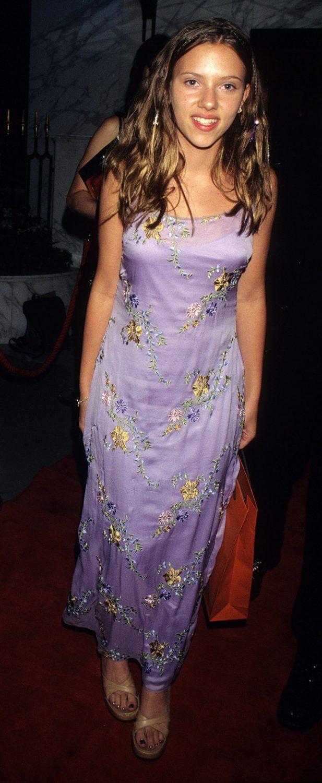 Scarlett Johansson, 1998.